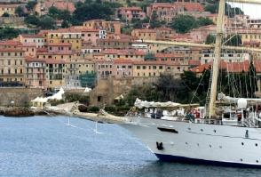 cruises in tuscany