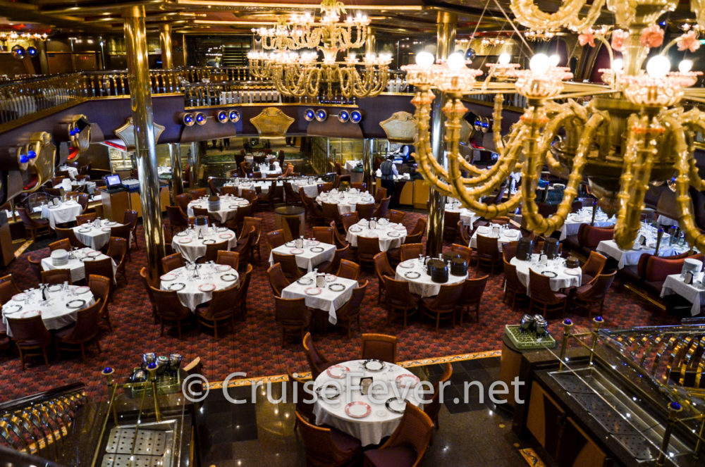 Tips For Eating And Dining On A Cruise Ship - How much does a cruise ship captain make