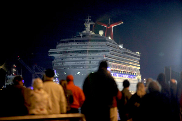 Media Turns the Carnival Triumph Incident Into a Circus