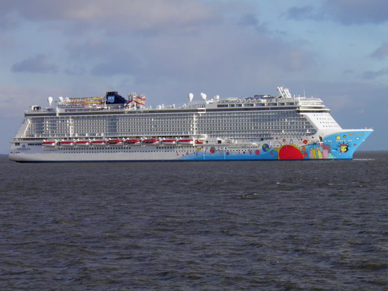Norwegian Breakaway Passes Sea Trials