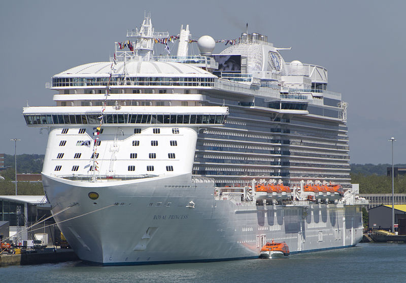 Royal Princess Suffers Power Outage in the Mediterranean