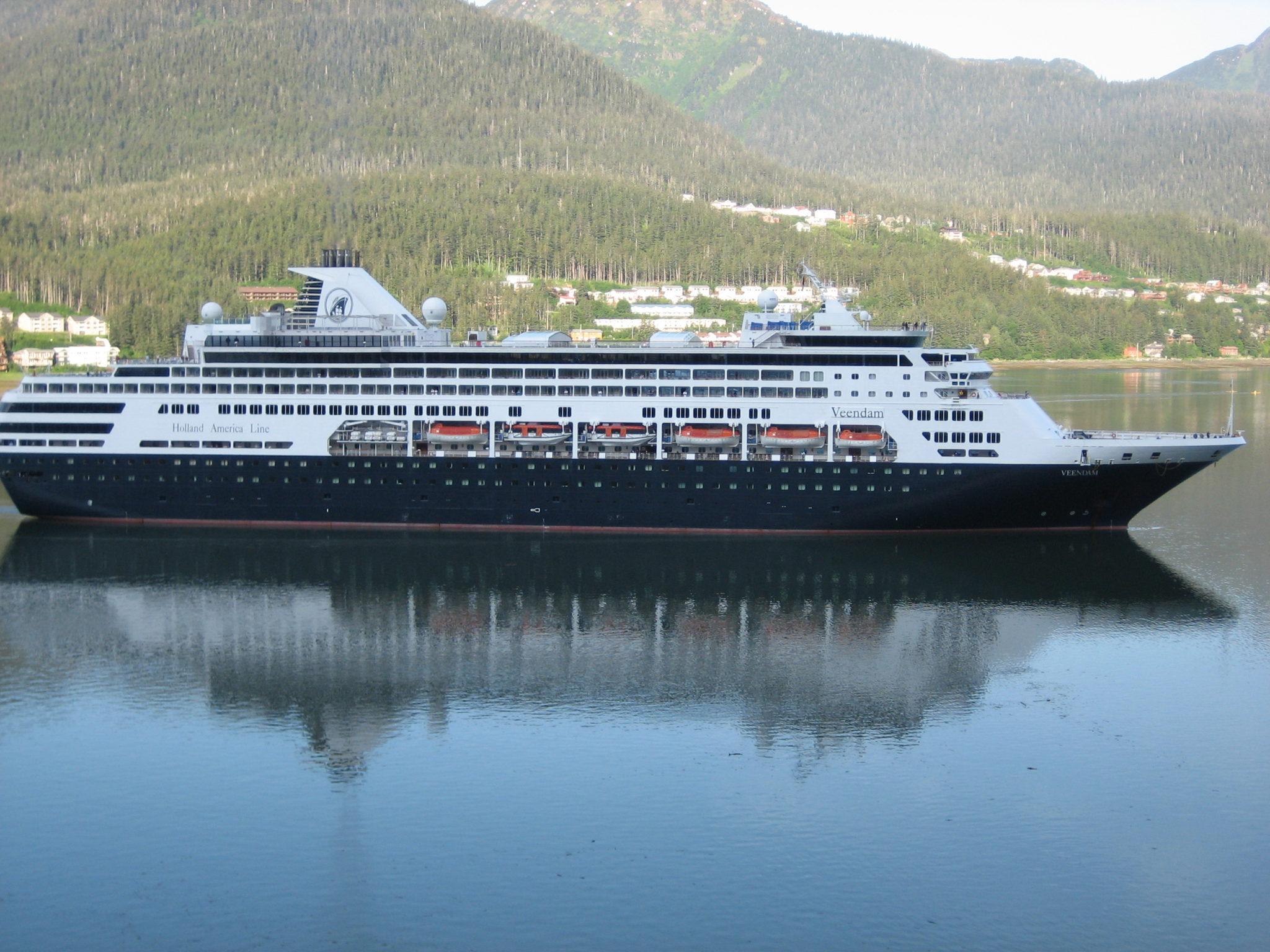 Sick After Norovirus Outbreak On Holland America Cruise Ship - Which cruise ships have had norovirus outbreaks