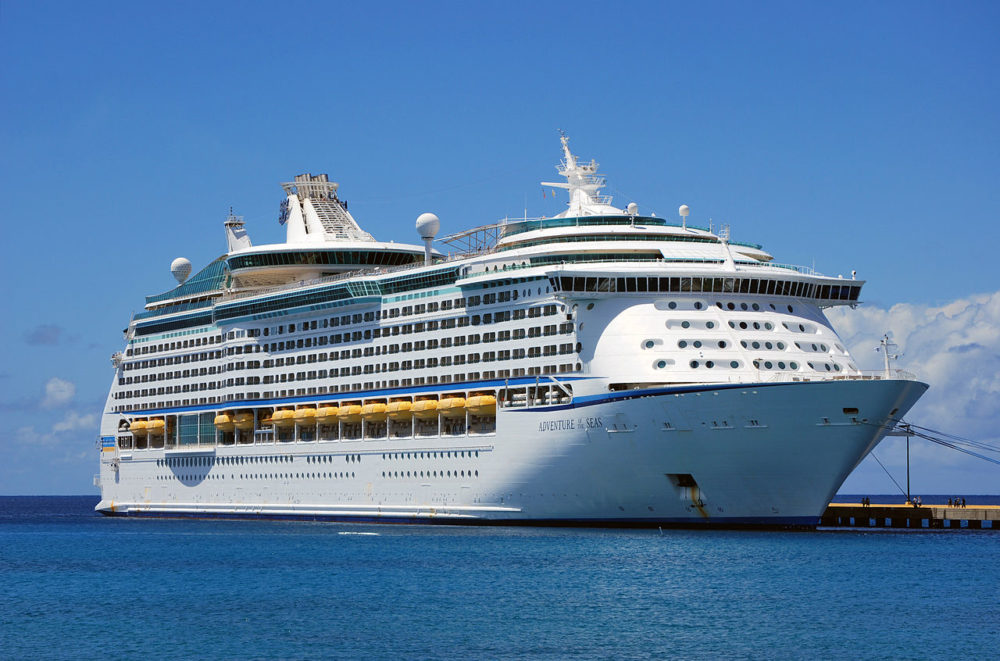 Adventure Of The Seas Delayed In San Juan Puerto Rico - Cruise ship delayed