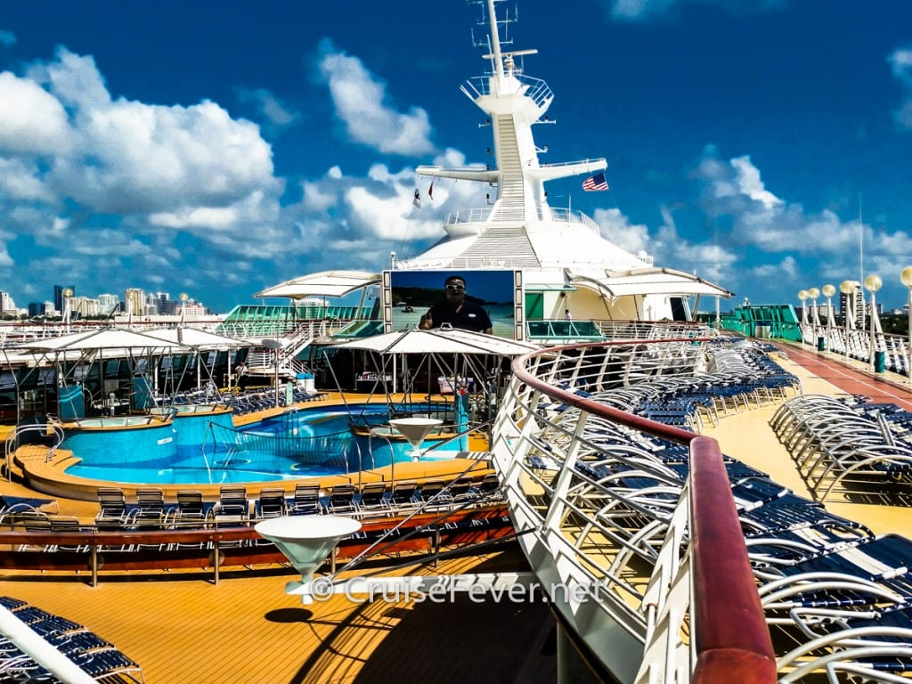 7 first impressions of the vision of the seas live from