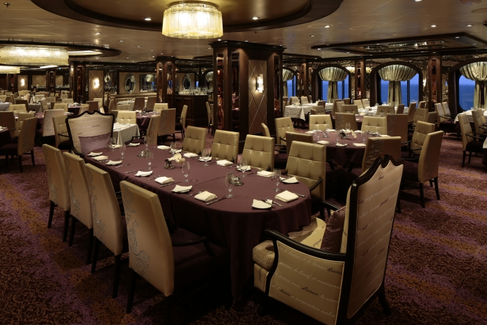 Grande Restaurant on Deck 3