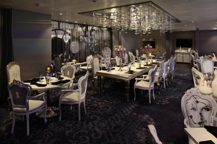 Wonderland Restaurant on Deck 5