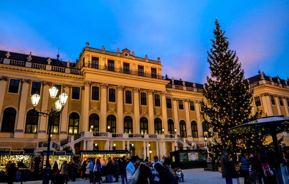 The Schonbrunn Palace In Vienna Cruise Fever