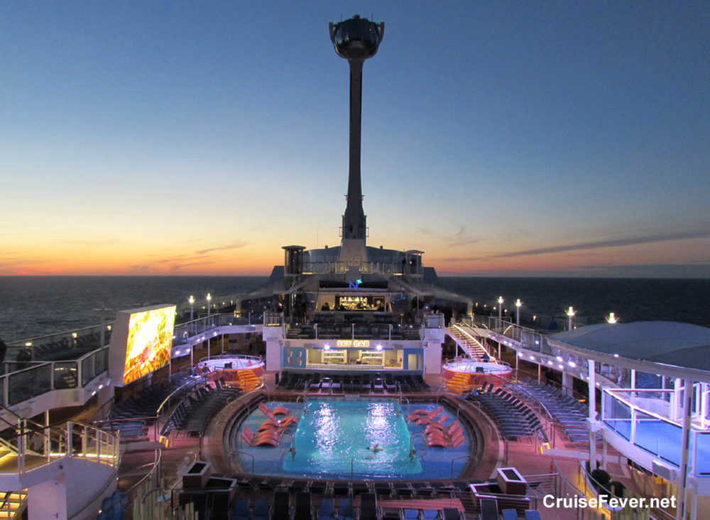 Awesome Features Found On The Lido Decks Of Cruise Ships - Awesome cruise ships