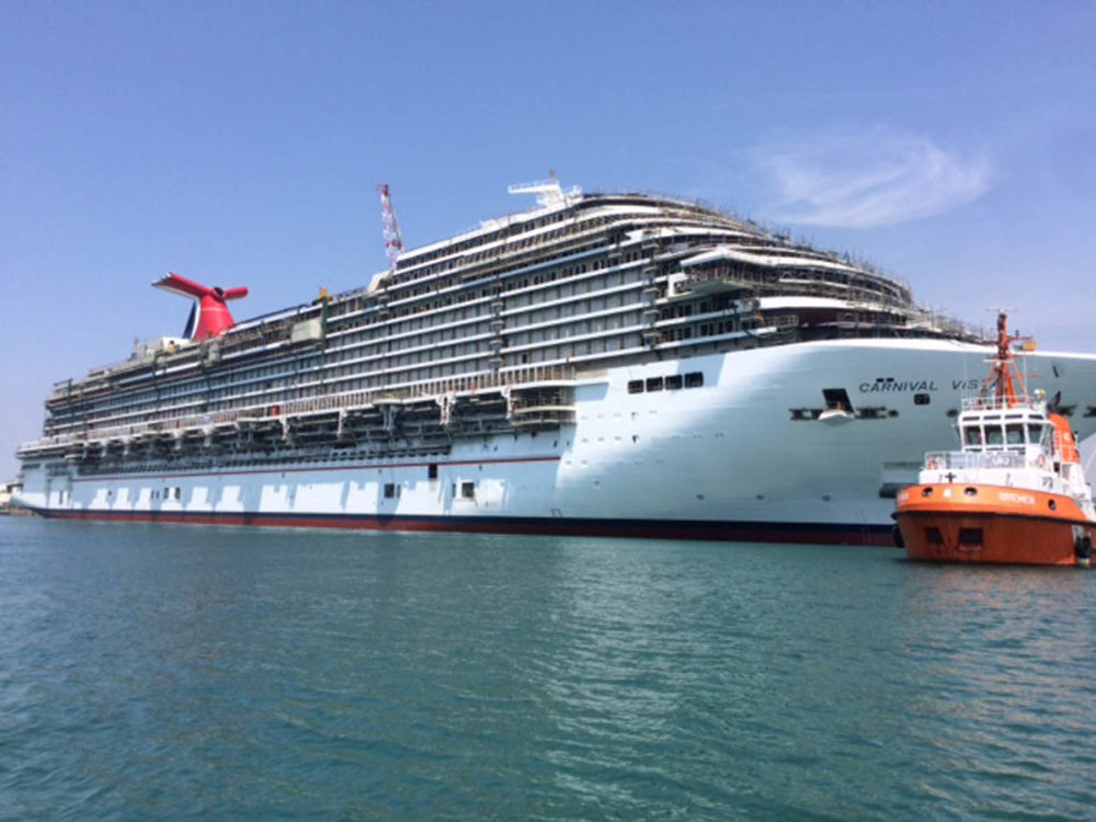 Carnival Vista Floated Out One Step Closer To Completion - How do cruise ships float