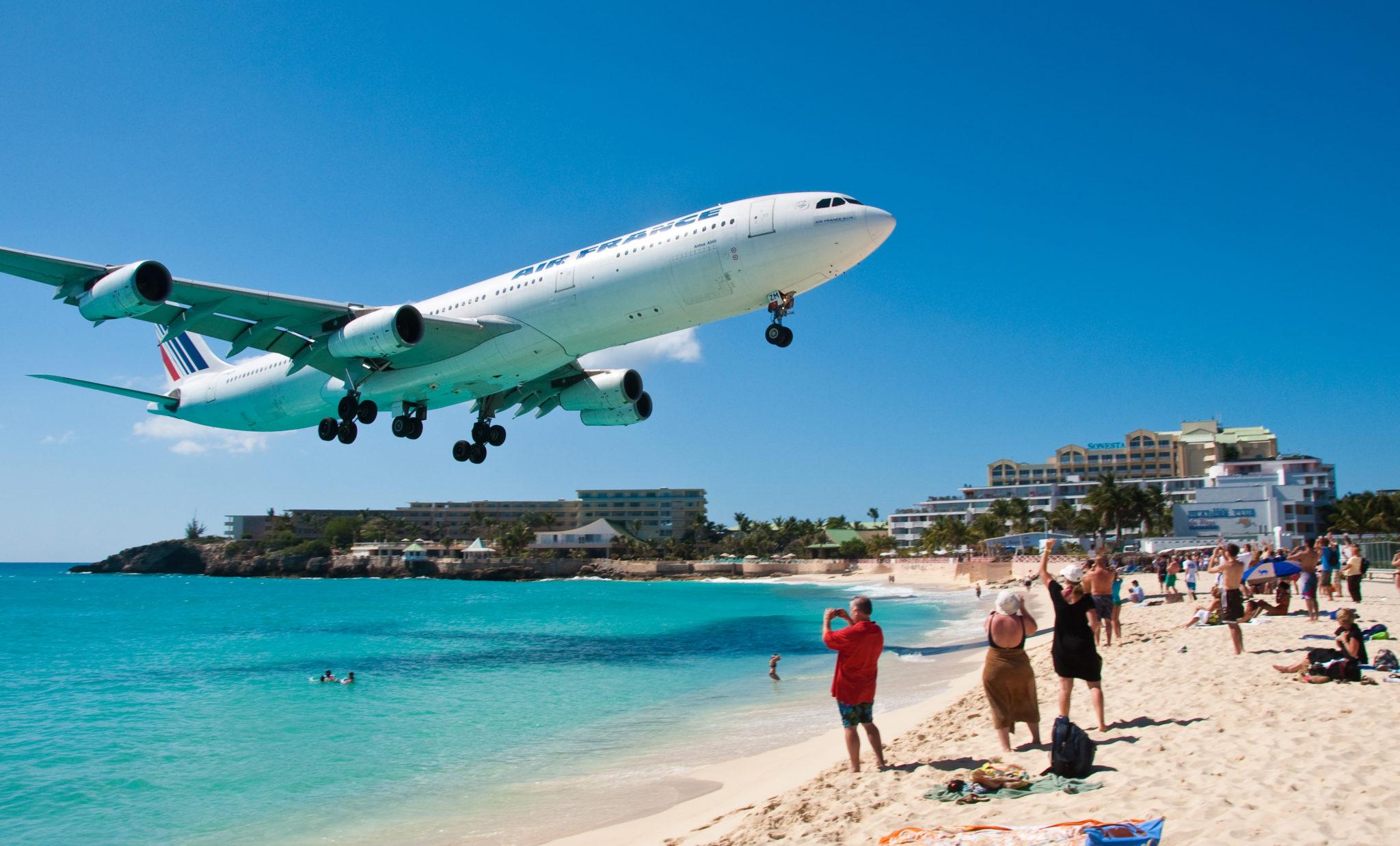 St Maarten Beach Airplane Bar