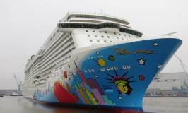Cruise Passenger Dies While Snorkeling in Bermuda