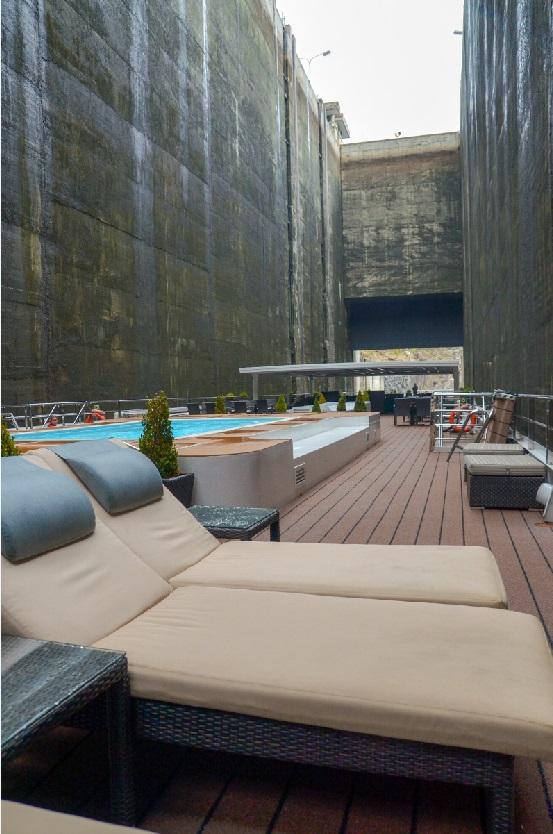 deck chair in viking torgil in lock of douro river