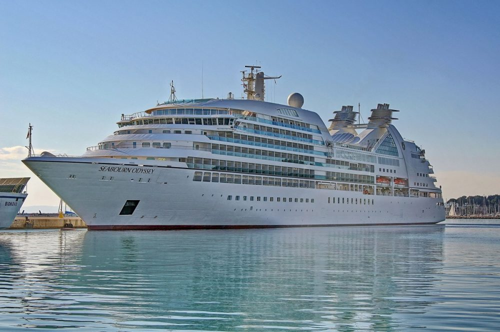 Seabourn Cruise Line Banning Balcony Smoking - Is there smoking on cruise ships