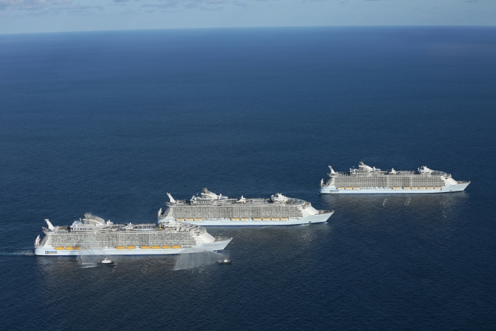 World39s 3 Largest Cruise Ships Meet For The First Time