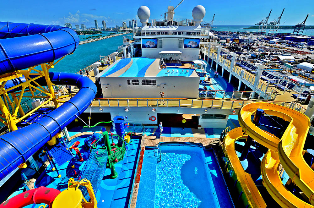Best Cruise Ship Waterparks - Best waterslides on cruise ships