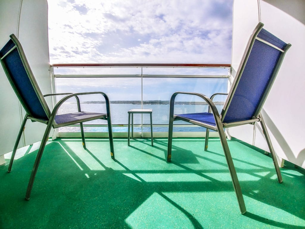 balcony on cruise, norwegian epic