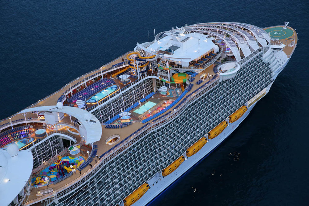 Grows Position in Royal Caribbean Cruises Ltd (RCL)
