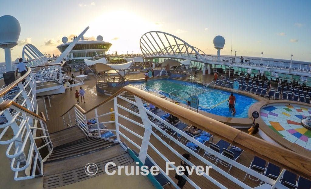 lido deck on enchantment of seas