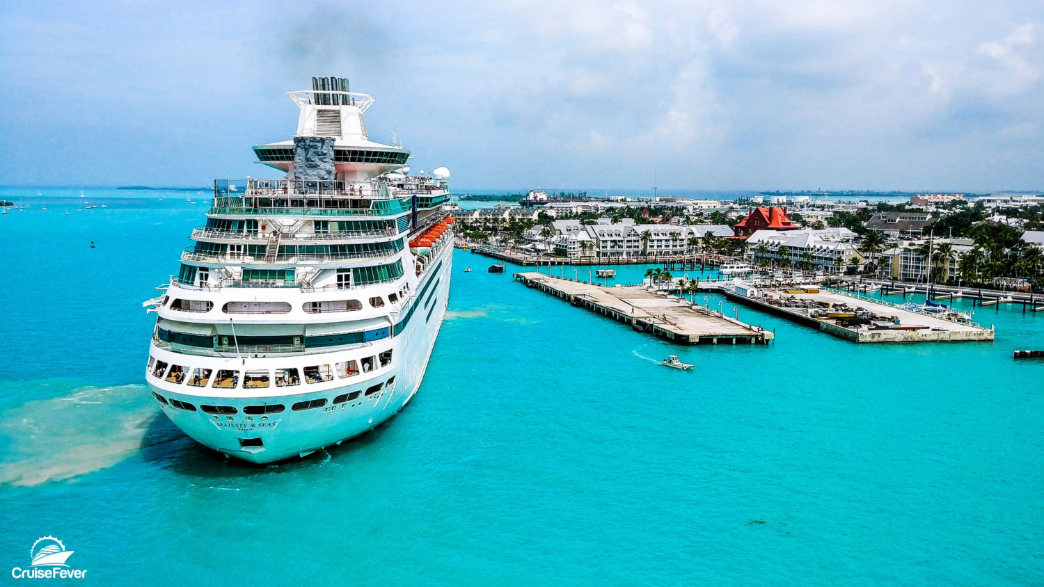 Christmas Cruises 2019.Royal Caribbean Offering 30 Off Cruises In 2019