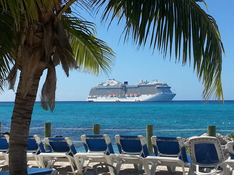 Island Fever - Cruising the Bahamas, Caribbean Islands