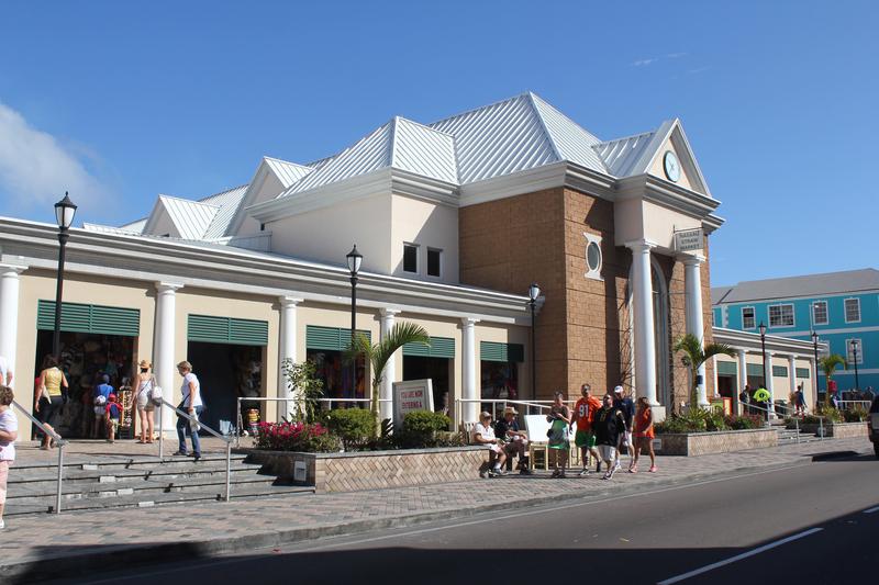 shopping in nassau
