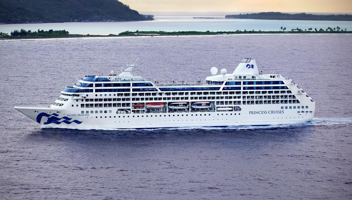 pacific princess ship