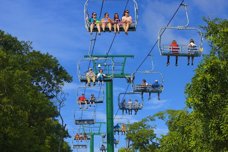 cable cars in roatan