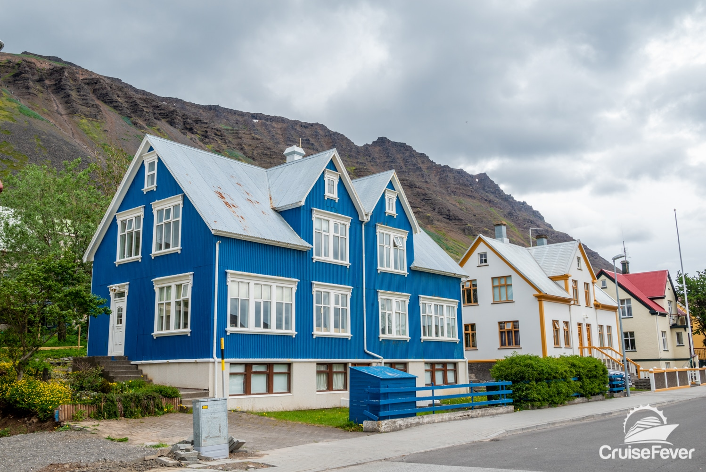 Old houses in ĺsafjördur, Iceland